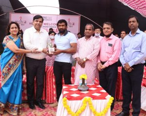 PadmaShri Sh Yogeshwar Dutt awarded to players of Om Sterling Global University (OSGU)